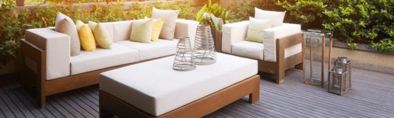 Fit für den Frühling! Gartenmöbel aus Holz auffrischen