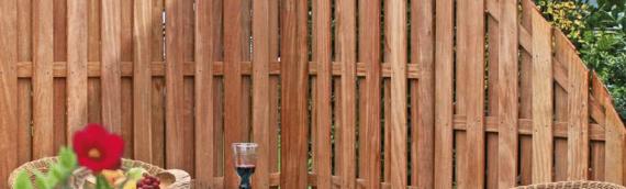 Von rustikal bis elegant: Gartenzäune aus Holz