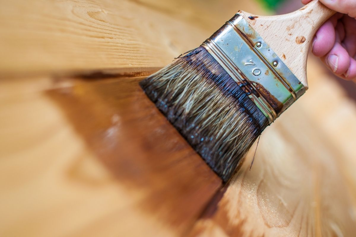 Holz grundieren