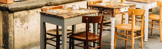 Holzmöbel restaurieren – Lassen Sie alte Möbelstücke in neuem Glanz erstrahlen