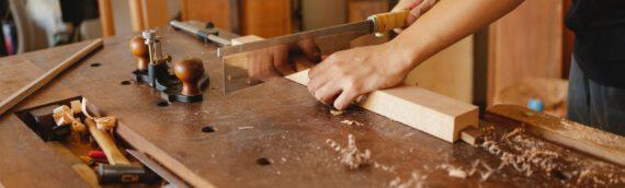 Holz nach Maß – Selbst sägen oder zuschneiden lassen?
